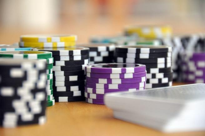 Bermain Poker Online Bersama Agen Judi Poker Online.jpeg